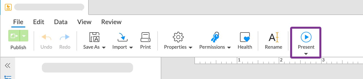 スライドショーを全画面表示するには、ツールバーの[提示]をクリックします
